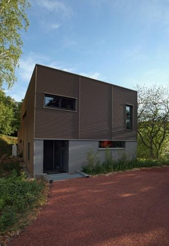 Maison contemporaine HQE : texL04