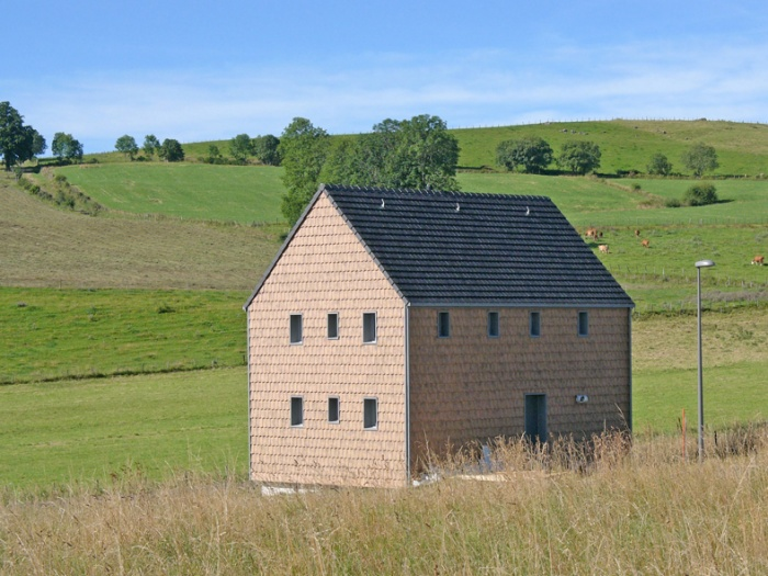 'La petite maison dans la prairie' , un refuge en montagne. : image_projet_mini_54457