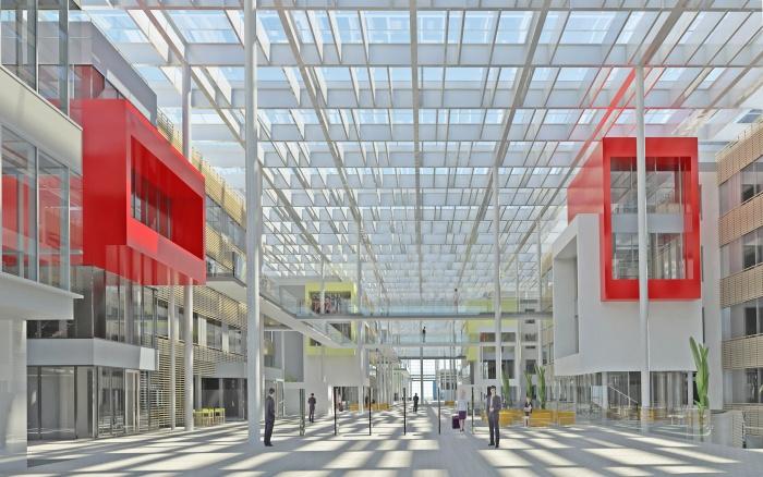 Centre de recherches, bureaux, salles de conférences, restaurant d'entreprise : RDI6_Perspective_Entree_Ouest-réduite