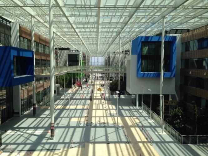 Centre de recherches, bureaux, salles de conférences, restaurant d'entreprise : urbalad-2